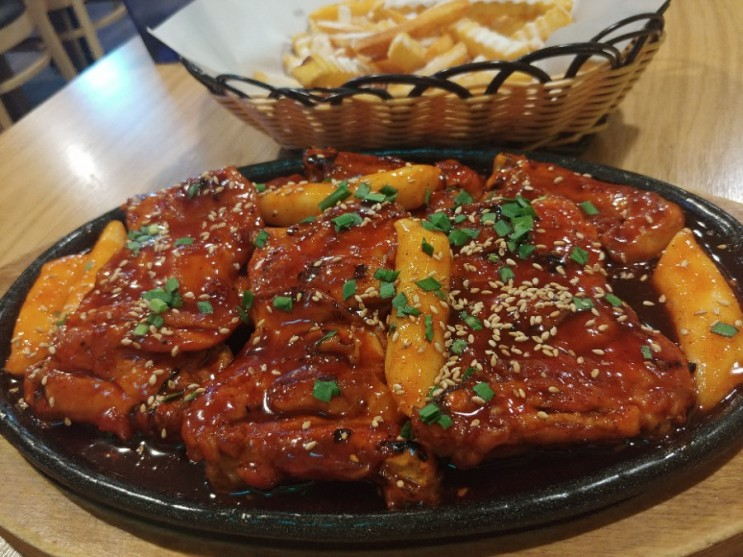 중동 치킨 닭이맛 숯불바베큐 중동점 감튀까지 맛있다고요?