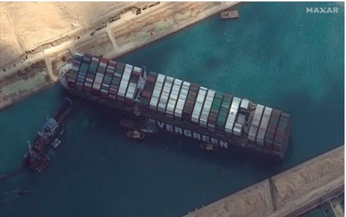 수에즈 운하 사고- 석유값 상승 &물류 대란으로 이어질까?