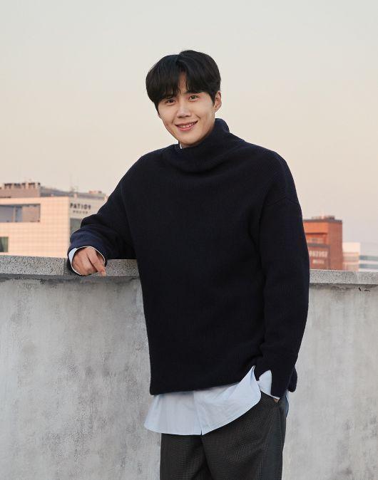 '여친에 낙태종용설' 지목 배우 김선호, 사건사고 총정리!